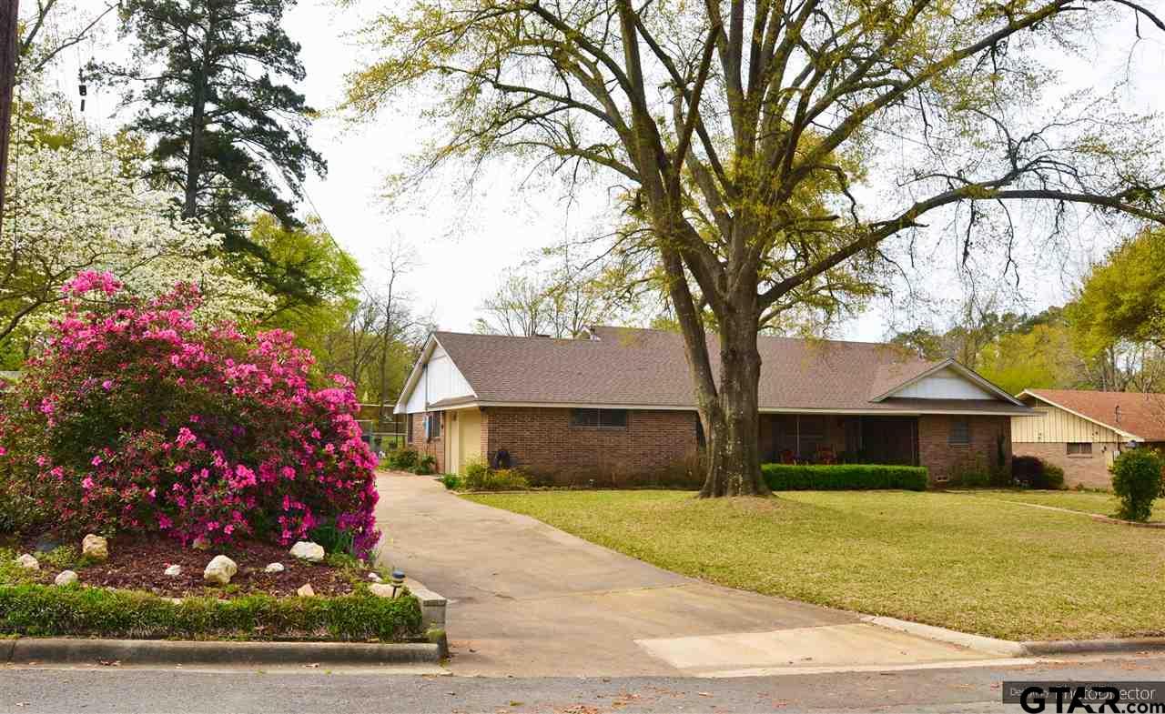 306 Dellwood, Mt Pleasant, TX 75455