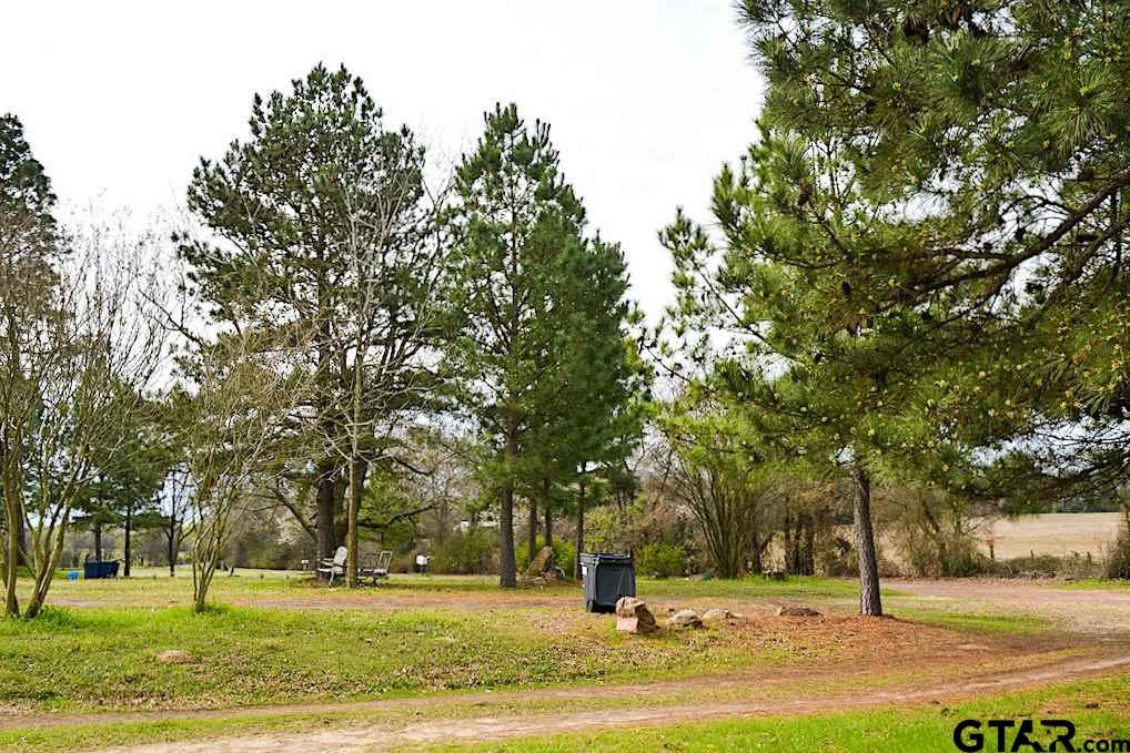 688 County Road 3352, Saltillo, TX 75478