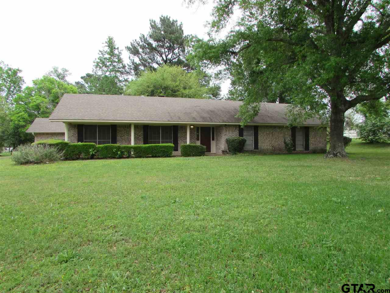 150 An County Road 146, Palestine, TX 75801