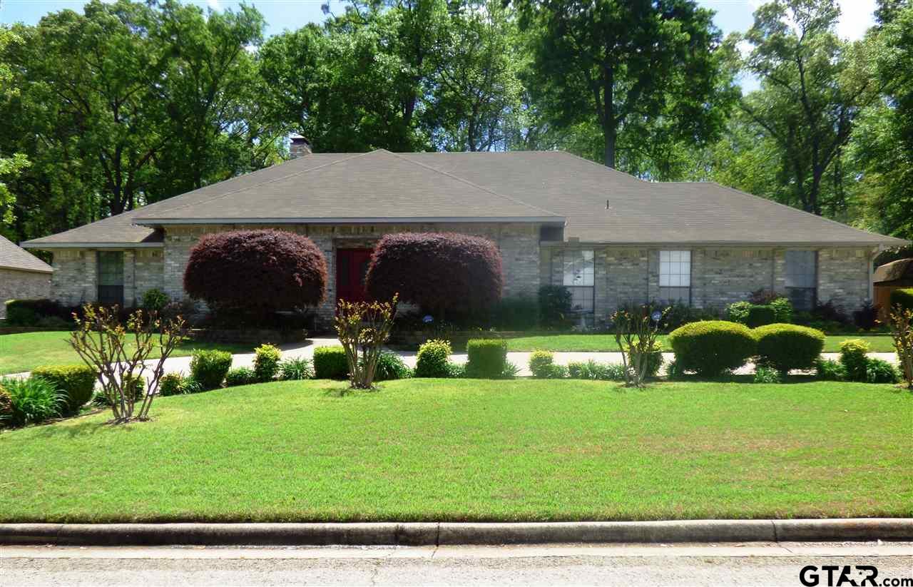 904 Fleming Drive, Mt Pleasant, TX 75455