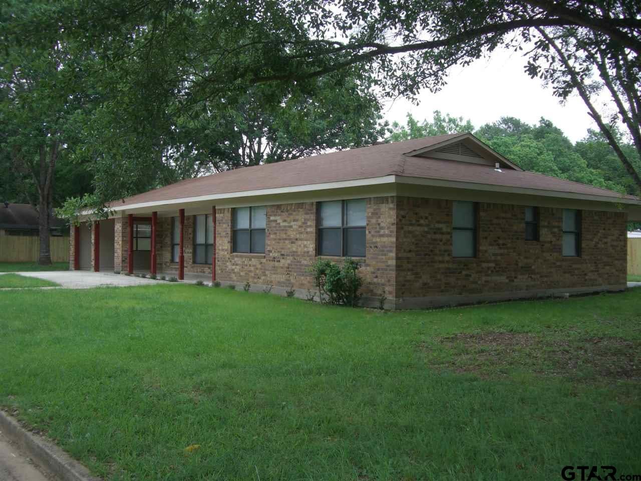 111 Meadow Lane, Crockett, TX 75835