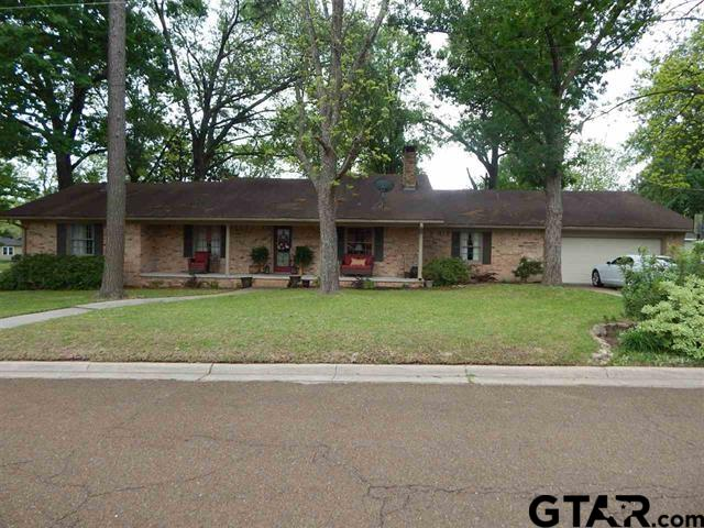 605 North, Gilmer, TX 75644