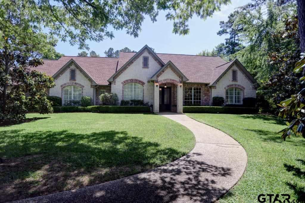 201 Saddlecreek Drive, Tyler, TX 75703