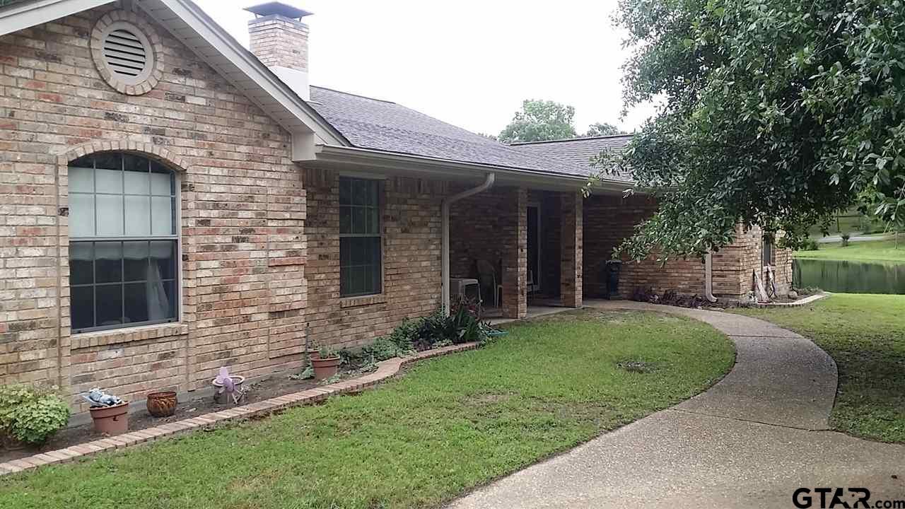 20027 Pine Wilde Rd., LaRue, TX 75770