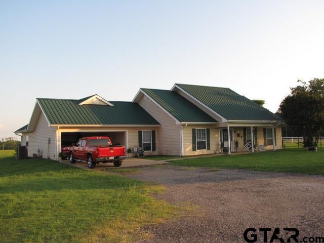 921 N CR 421, Henderson, TX 75652