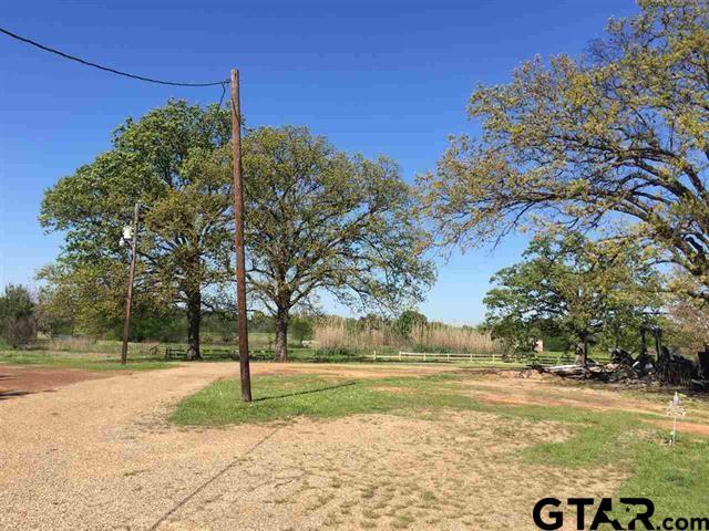 1153 Hemlock, Gilmer, TX 75644