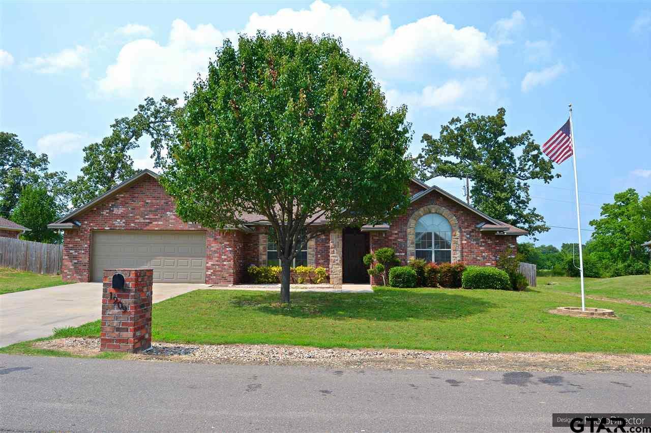1209 Silver Oak St, Mt Pleasant, TX 75455