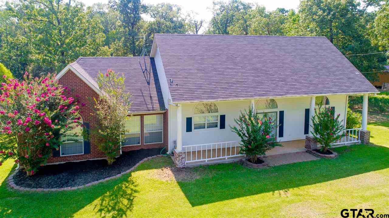 843 Hillburn Rd., Kilgore, TX 75662