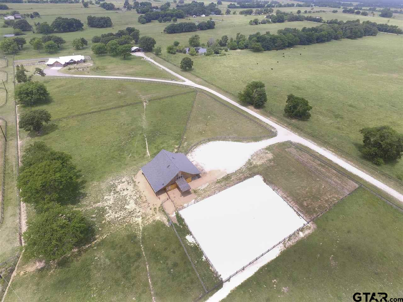 1868 VZ County Road 2144, Wills Point, TX 75169