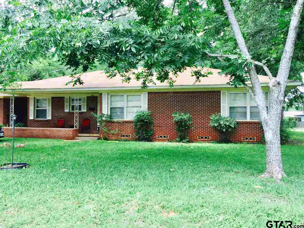 608 Lawrence, Jacksonville, TX 75766
