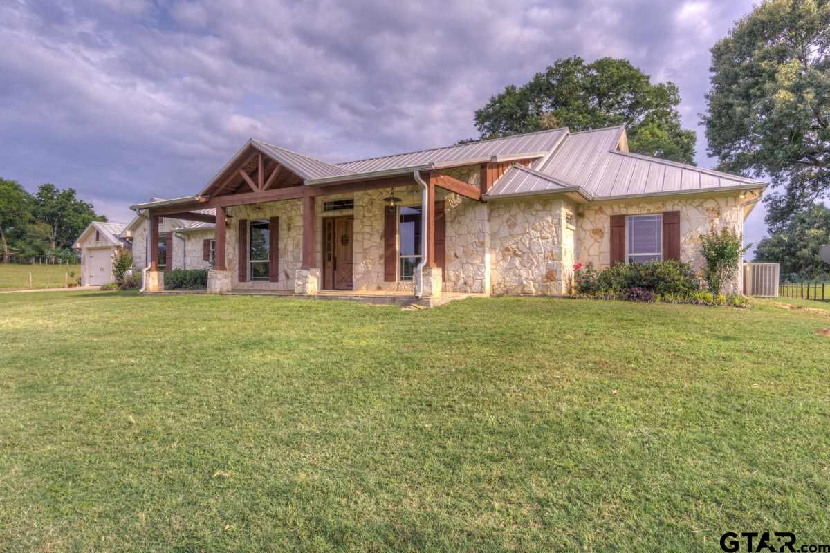 400 County Road 3421, Bullard, TX 75757
