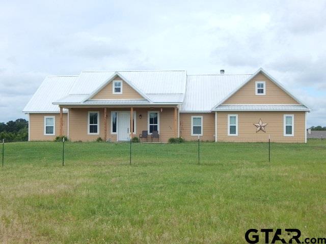 2436 Finch Road, Gilmer, TX 75645