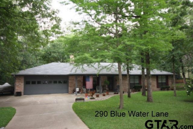 290 Blue Water Lane, Holly Lake Ranch, TX 75765