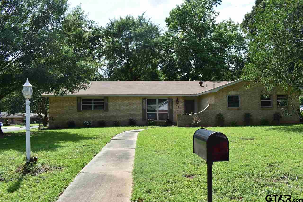 1301 Rodden St, Longview, TX 75604
