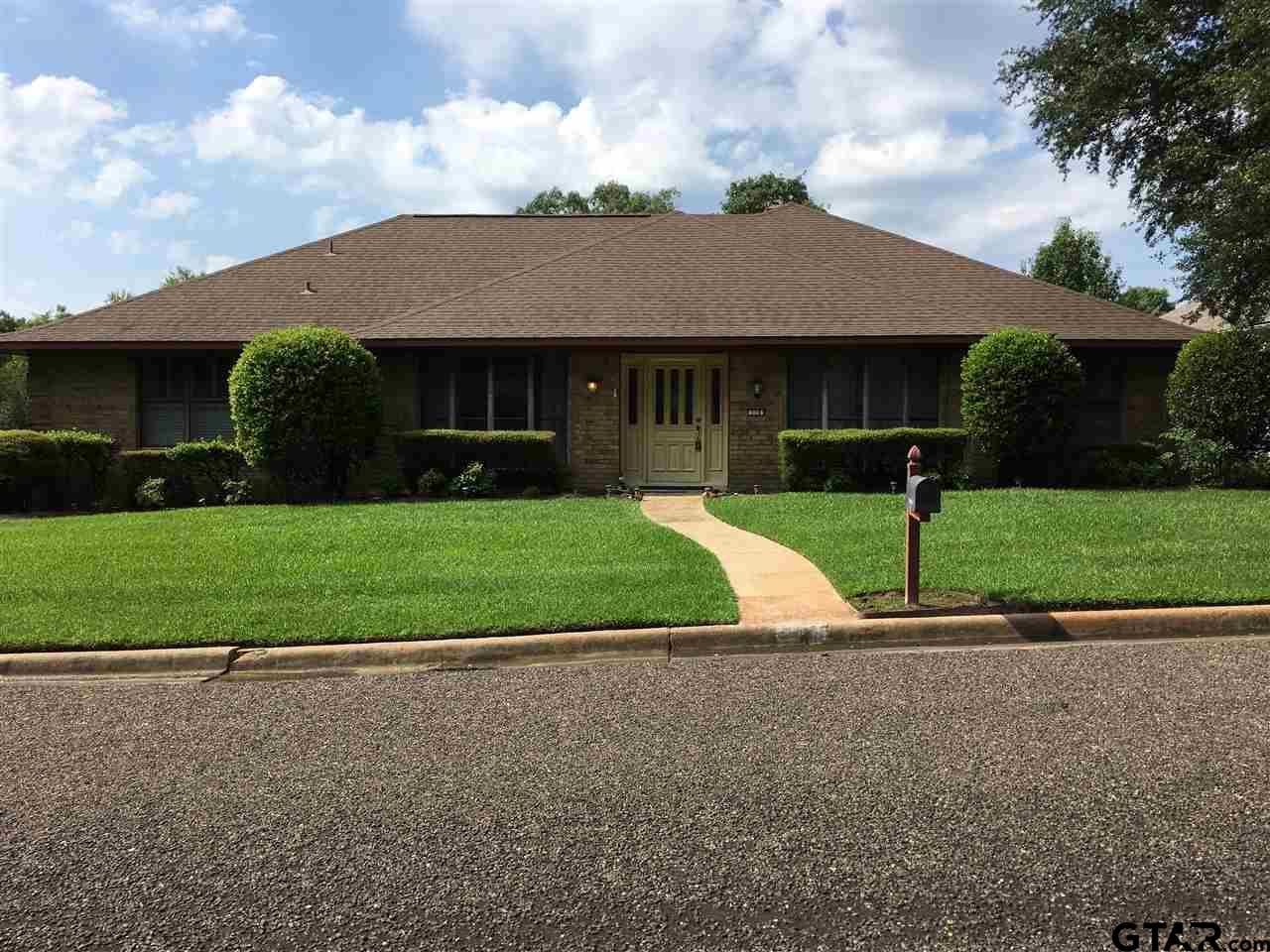 516 Brookwood, Mt Pleasant, TX 75455
