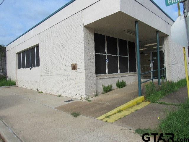 202 W Parker, Elkhart, TX 75839