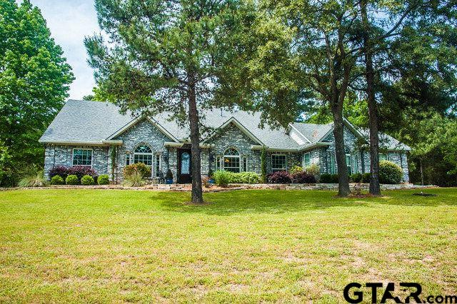 830 An County Road 4034, Palestine, TX 75803
