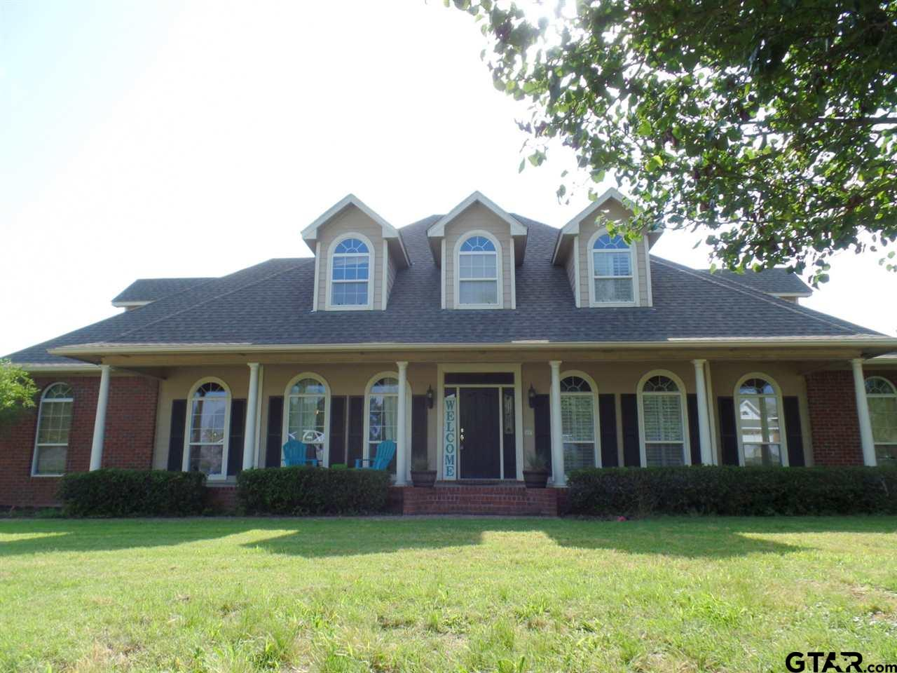 706 Hopper Court, Winnsboro, TX 75494