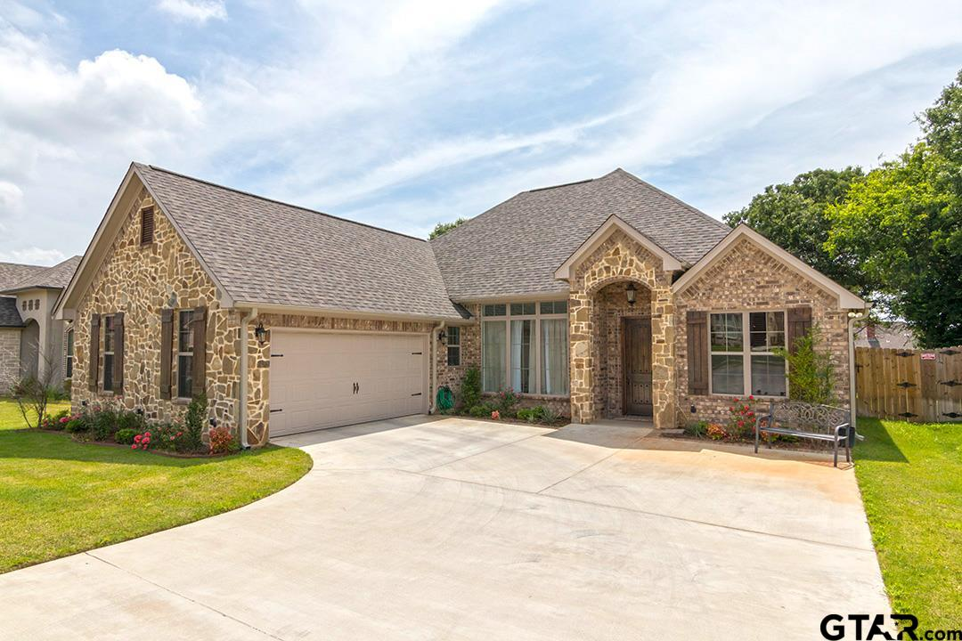 18854 Spanish Oak Ct., Flint, TX 75762