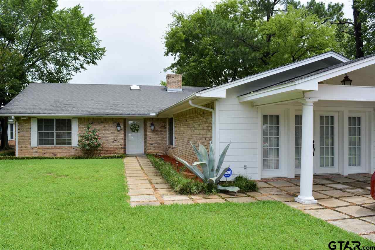 937 Jefferson St, Sulphur Springs, TX 75482