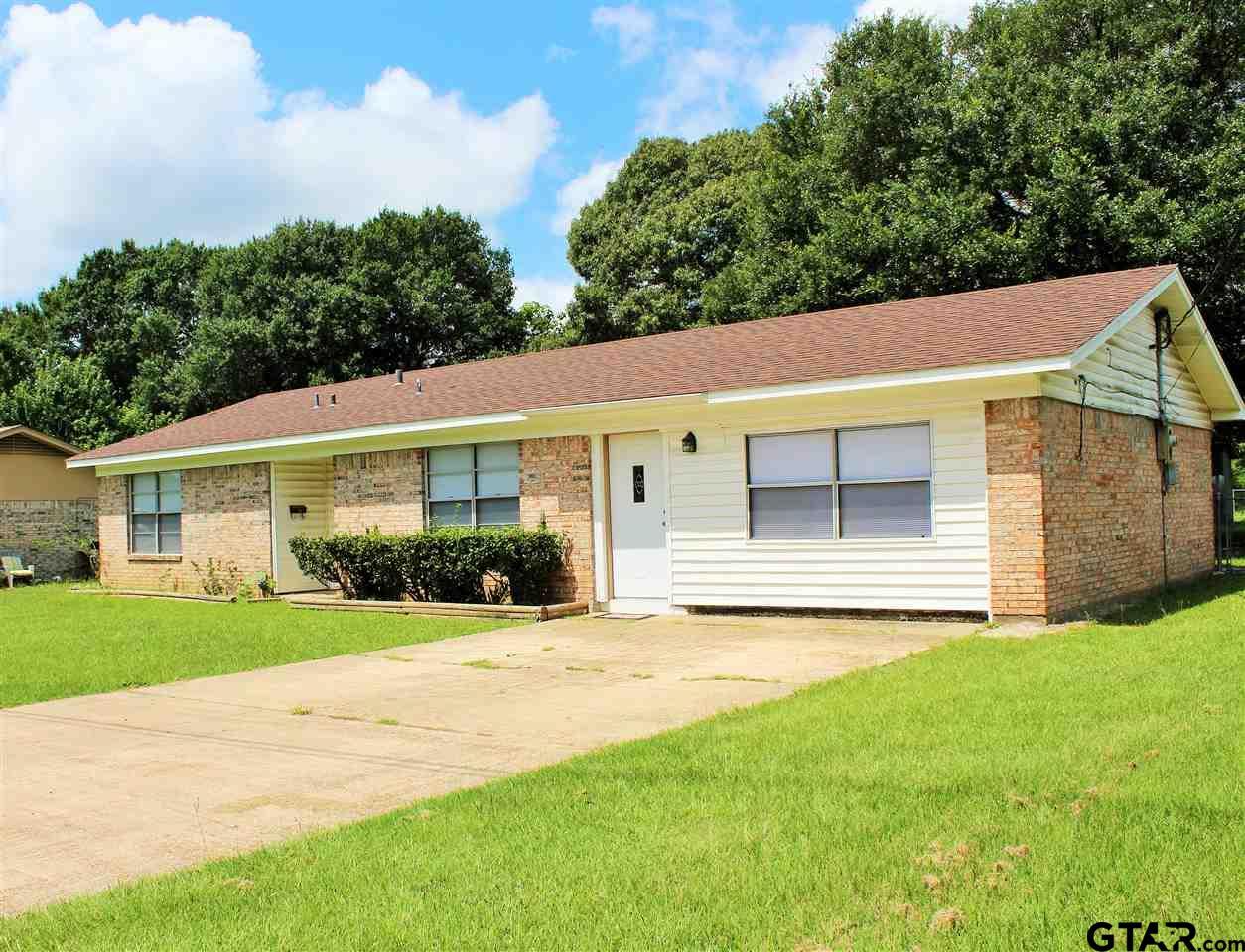 1506 Stephens Ave., Mt Pleasant, TX 75455