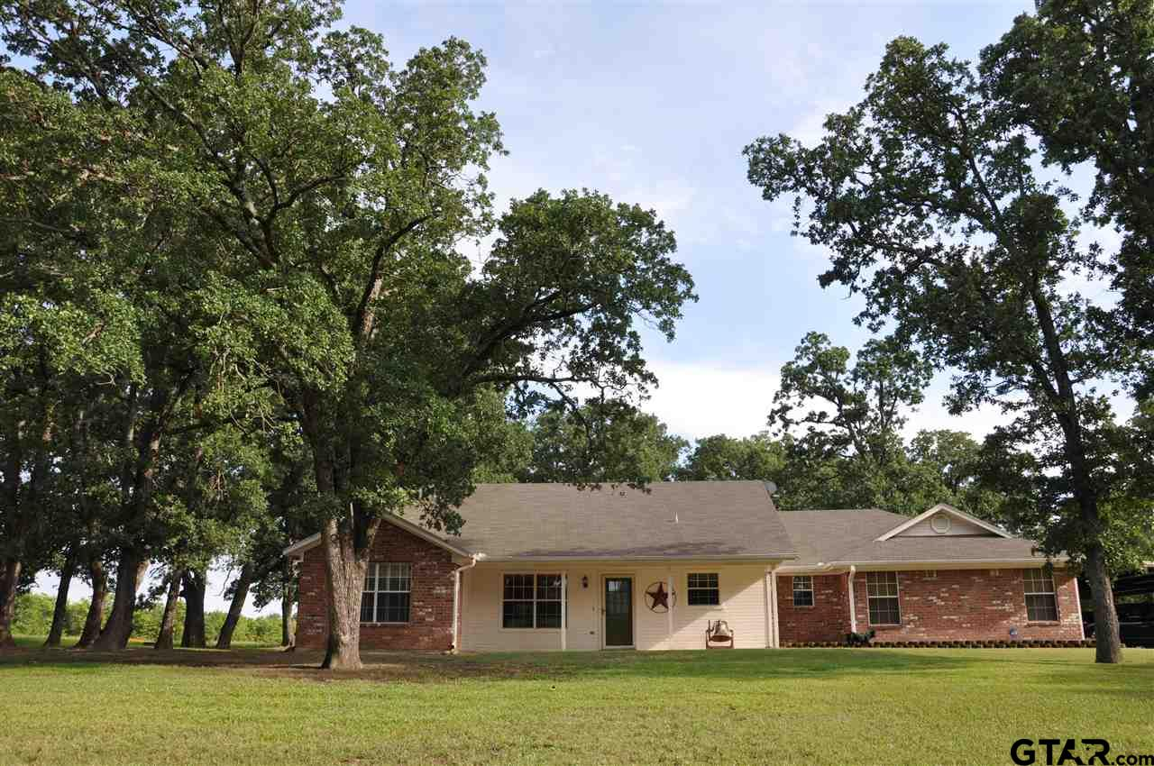2221 County Road 4128, Cumby, TX 75433