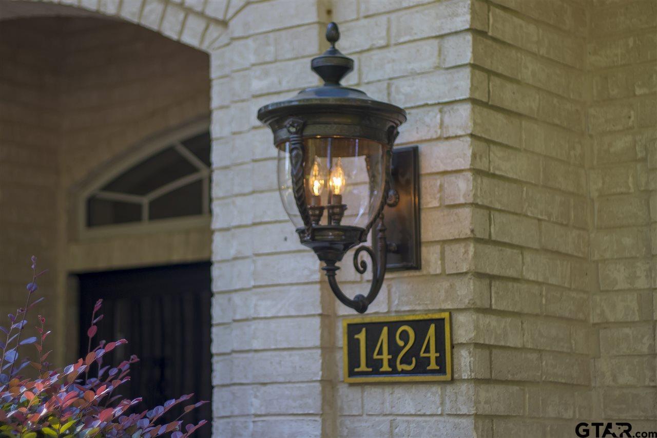1424 Mary Lee Ln, Longview, TX 75601