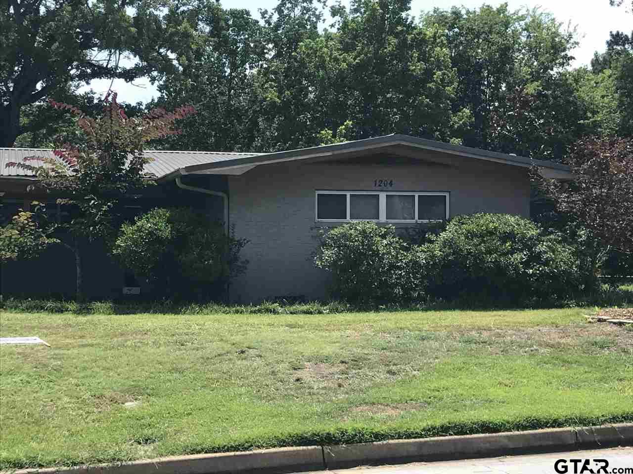 1204 S DONNYBROOK AVE., Tyler, TX 75701