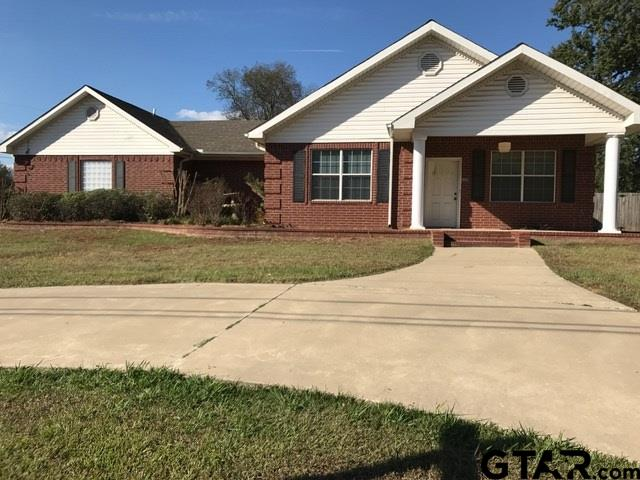 626 Daingerfield, Pittsburg, TX 75686