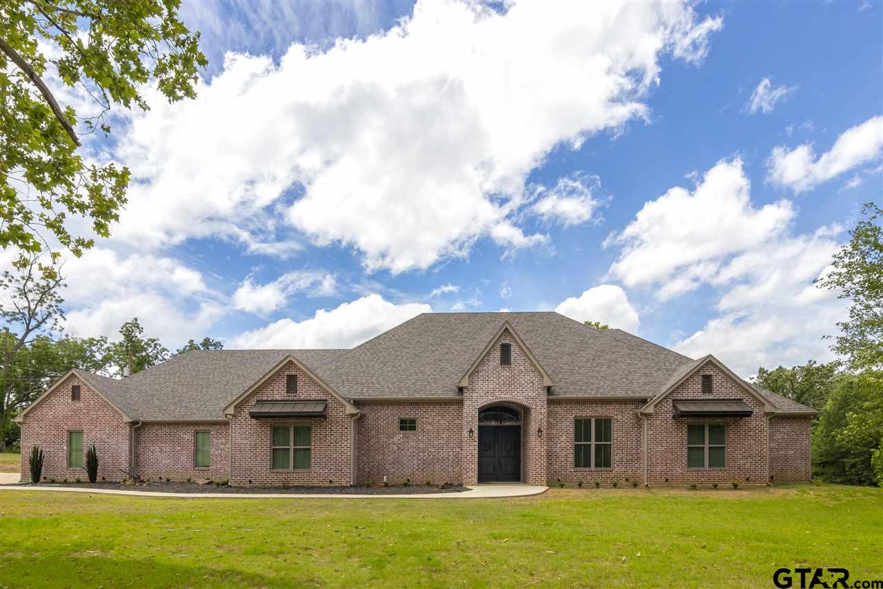4232 N White Oak Rd, Gladewater, TX 75647