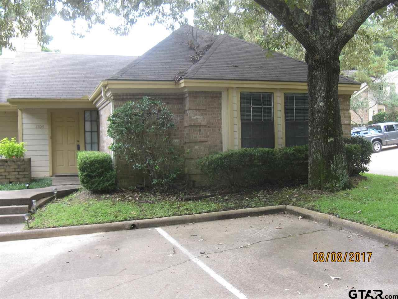 Property for sale at 1705 Eaglewood Drive, Tyler,  TX 75703