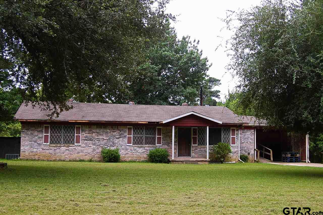 124 County Road 4108, Daingerfield, TX 75638