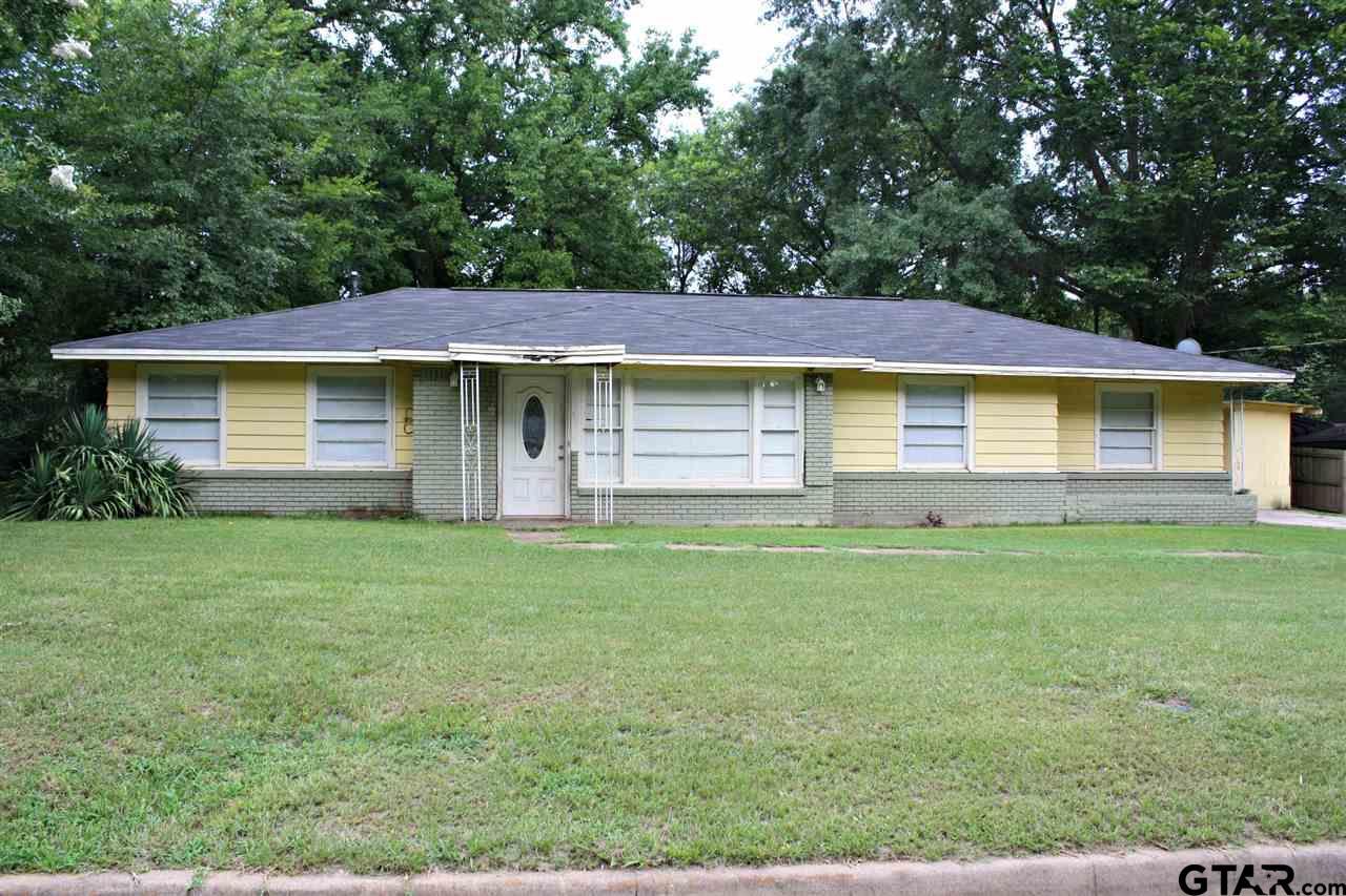 1111 Glenn Street, Daingerfield, TX 75638