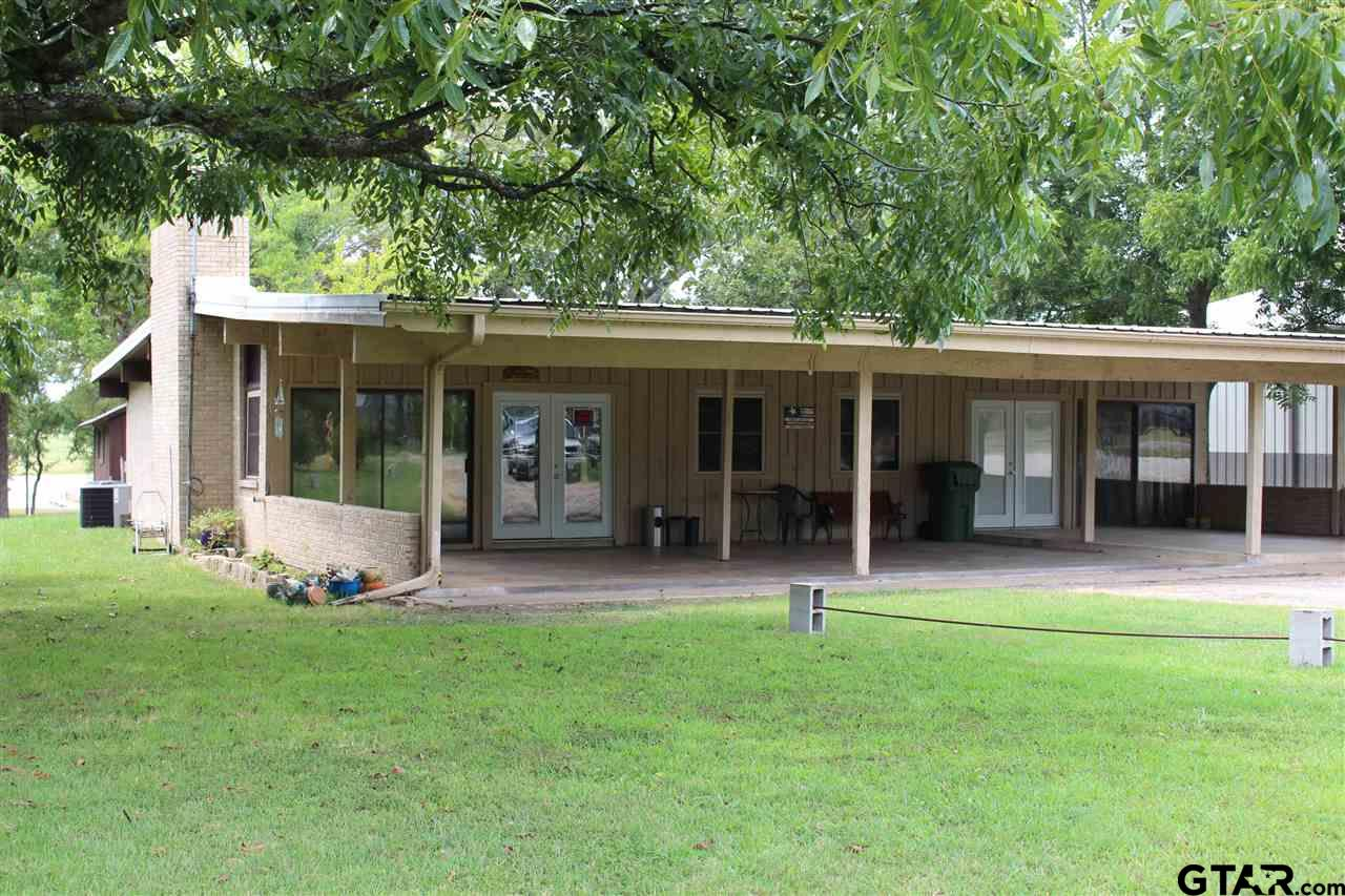 604 Rs County Rd 1531, Point, TX 75472