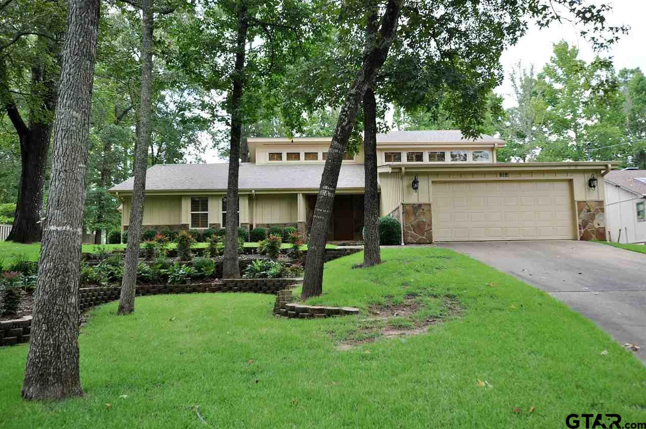618 Peaceful Woods Trail, Holly Lake Ranch, TX 75765