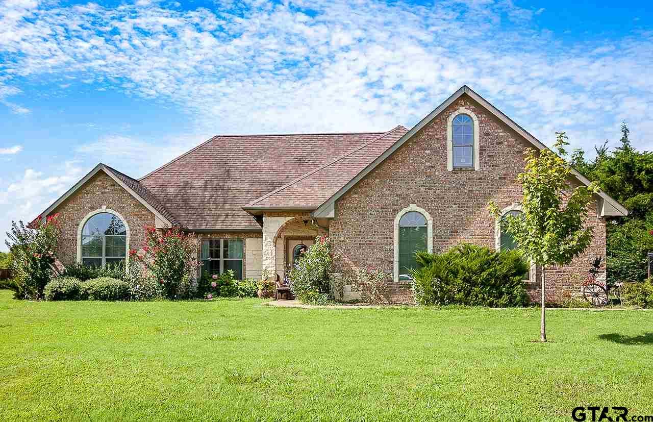 29 Cedarwood Lane, Mt Vernon, TX 75457