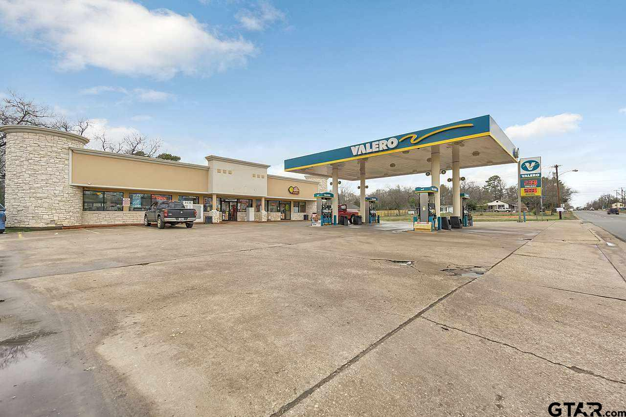 Property for sale at 1001 S Bolton St, Jacksonville,  TX 75766