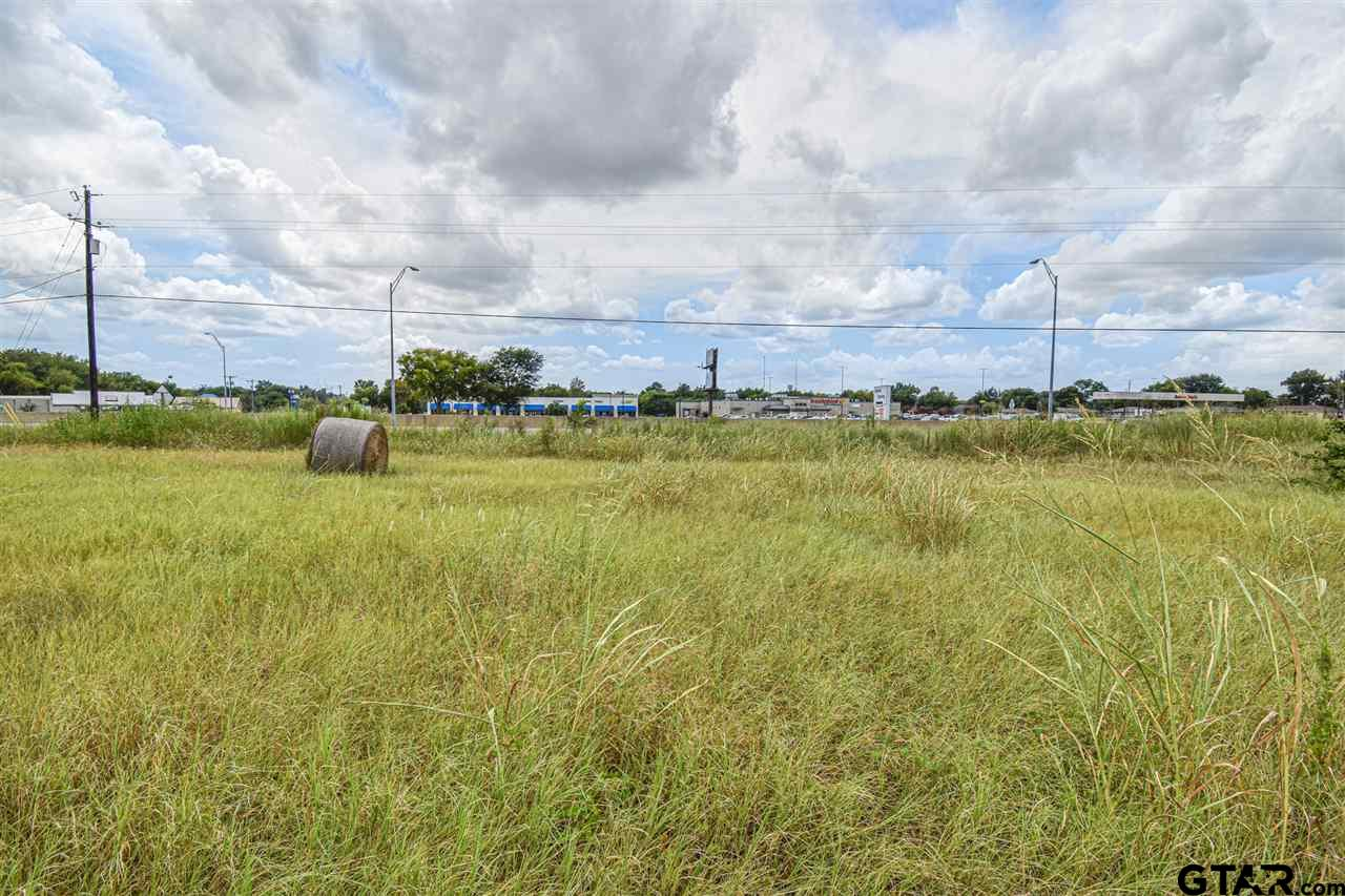 Property for sale at 175 N Hwy 69, Bullard,  Texas 75757