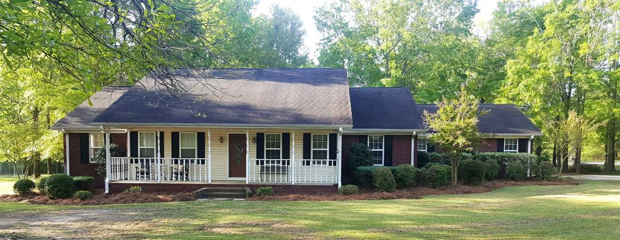 21 JONES Avenue, Hawkinsville, GA 31036