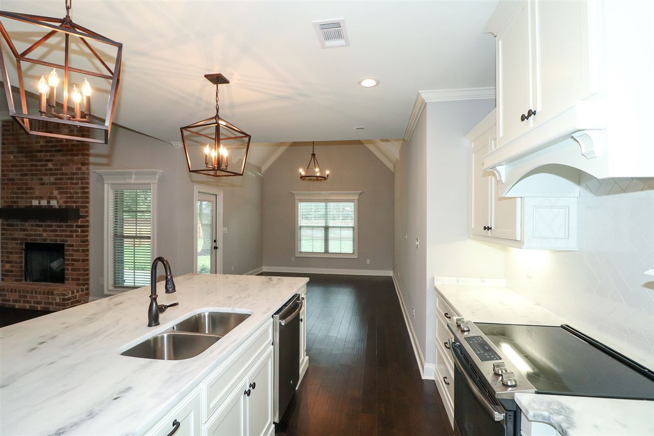 500 Southern Woods Trail , Kathleen, GA 31047