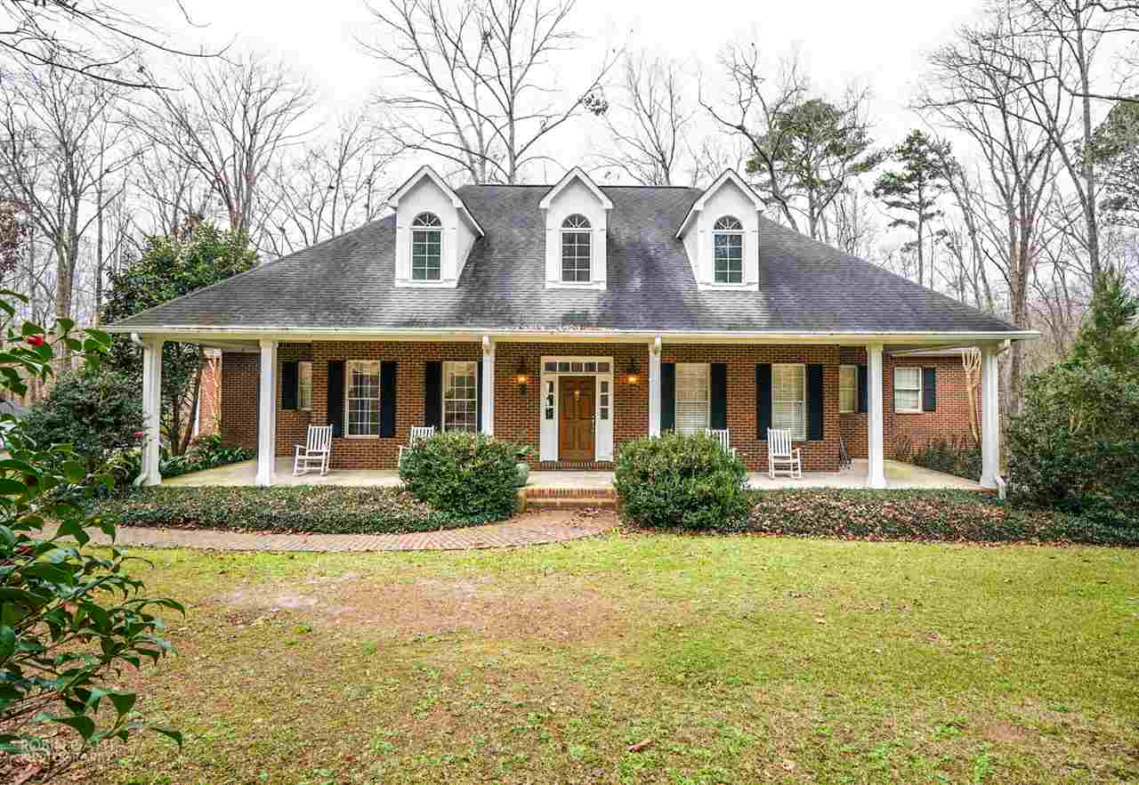 54 Meadow Lane, Hawkinsville, GA 31036