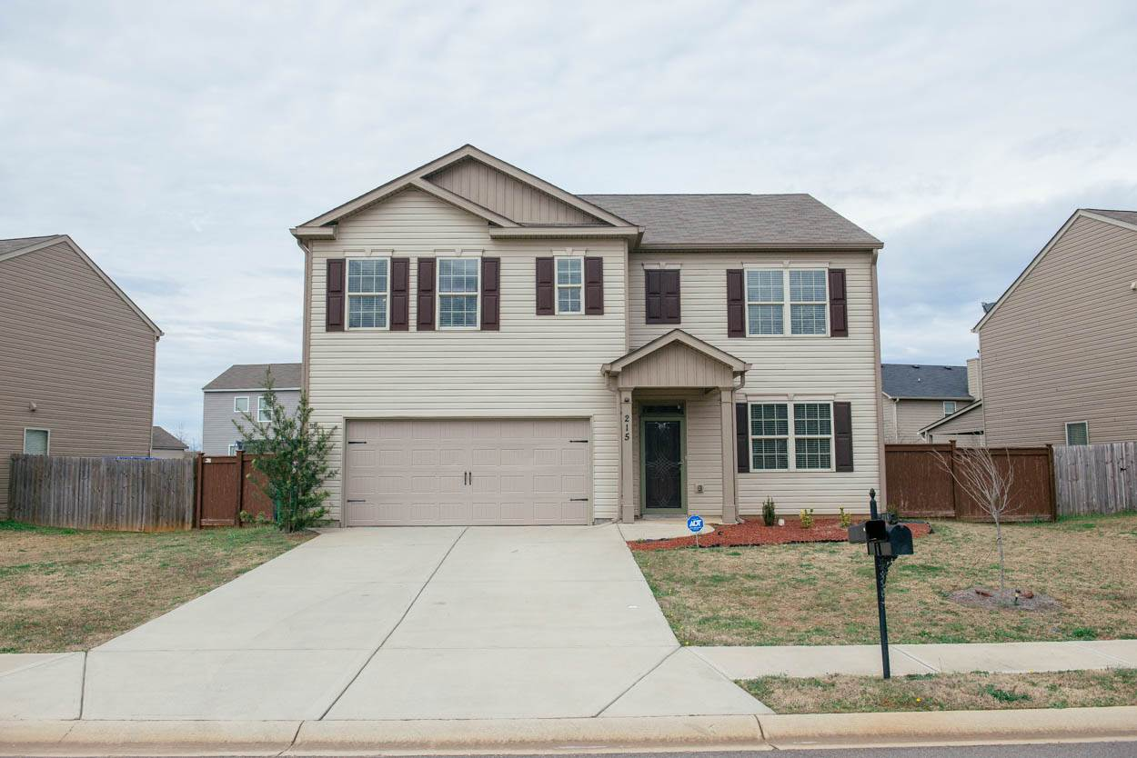 215 Flowing Meadows Drive, Kathleen, GA