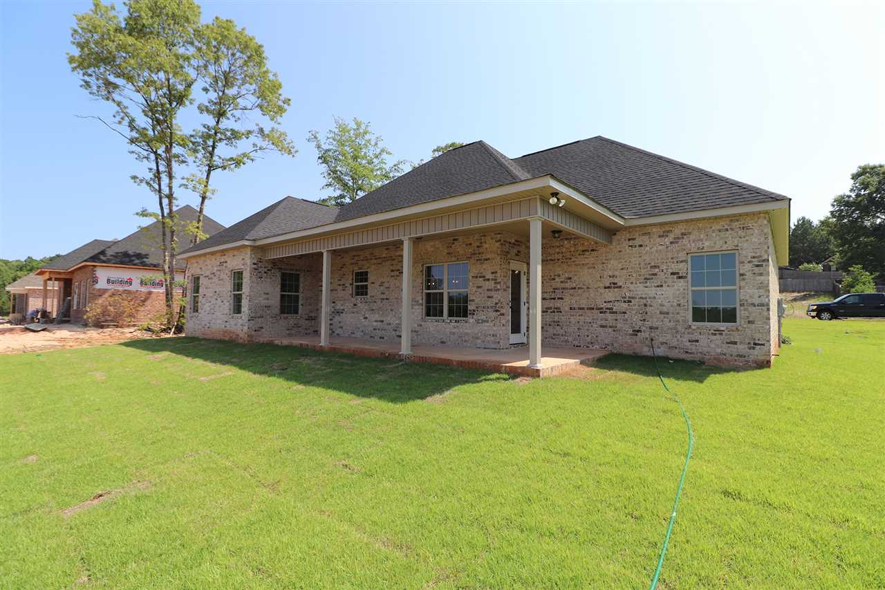 105 Timber Ridge Circle , Byron, GA 31008