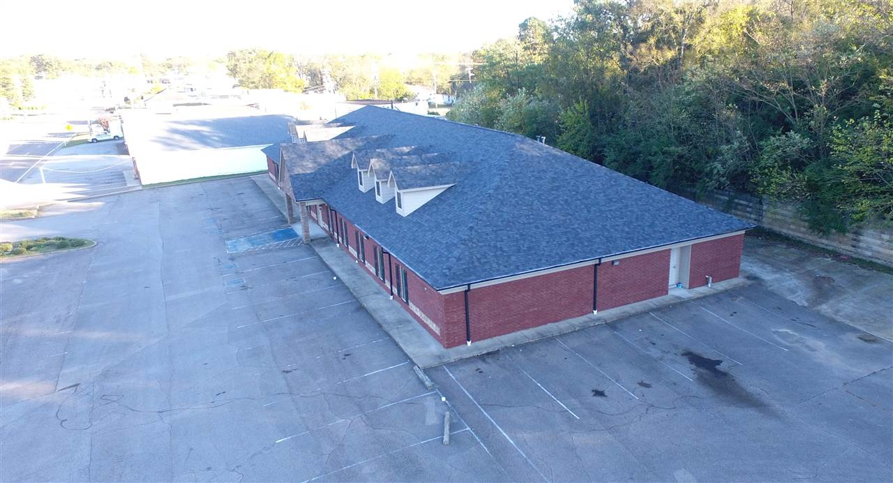 249 W Church St, Lexington, Tennessee 38351, ,Commercial/industrial,For Sale,249 W Church St,189931