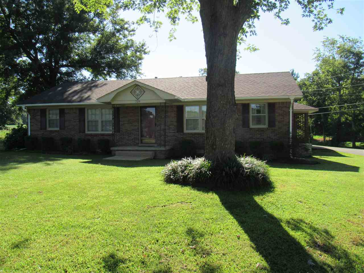729 Scenic Hills Dr, Newbern, Tennessee 38059, 4 Bedrooms Bedrooms, ,2 BathroomsBathrooms,Residential,For Sale,729 Scenic Hills Dr,190045