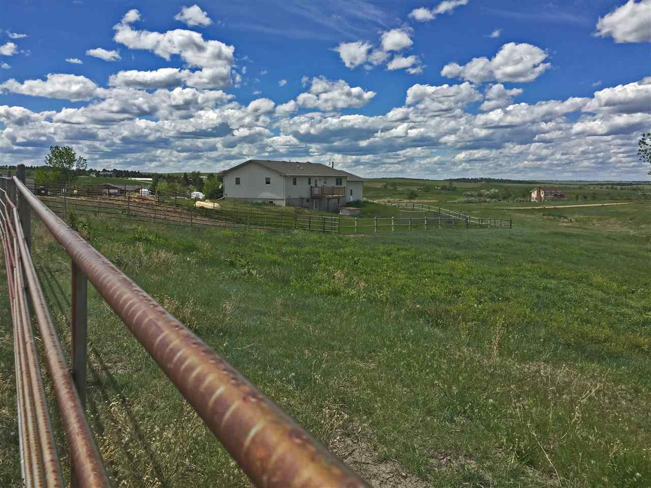 19230 Prairie Hills Road