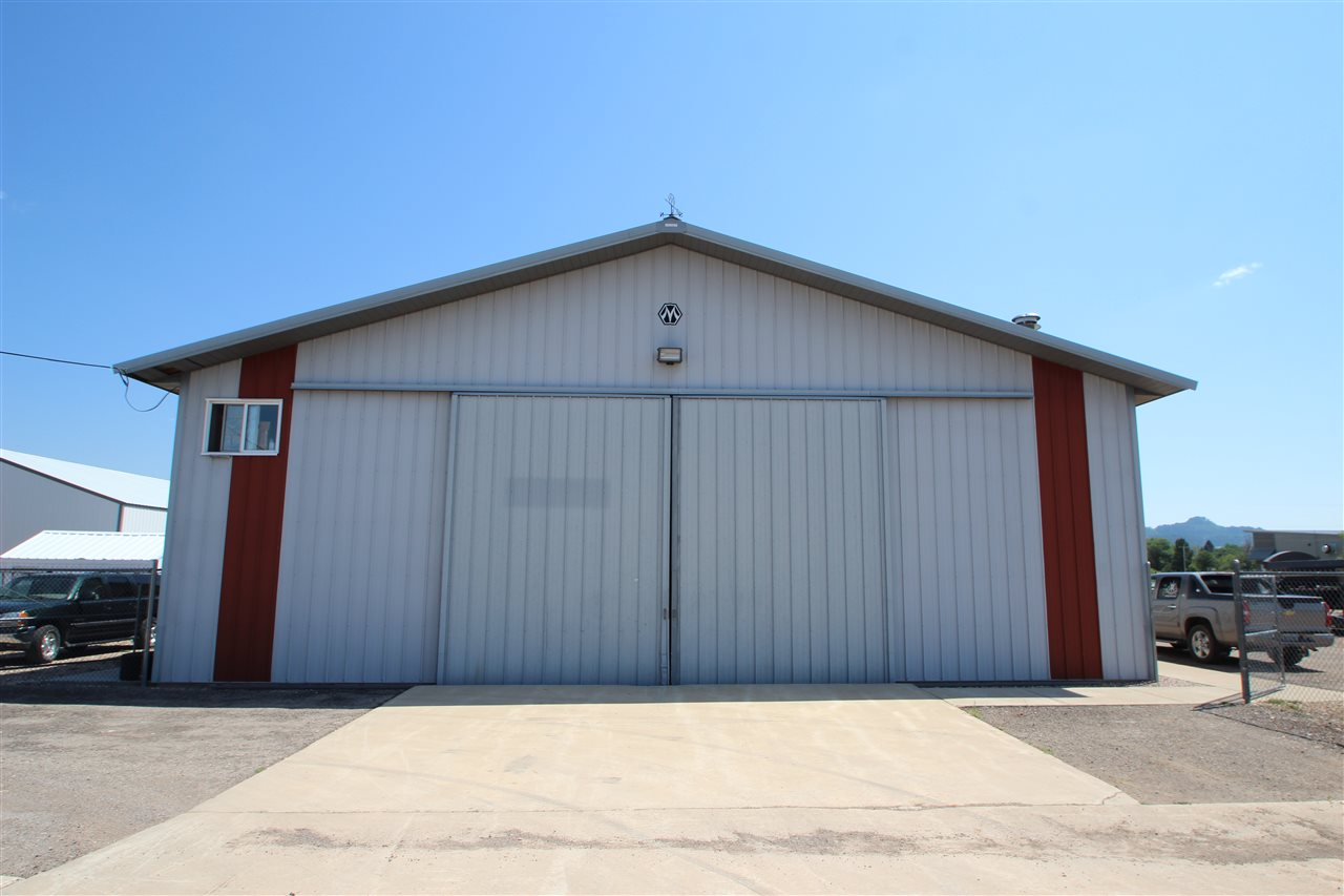 3122 E Fairgrounds Loop