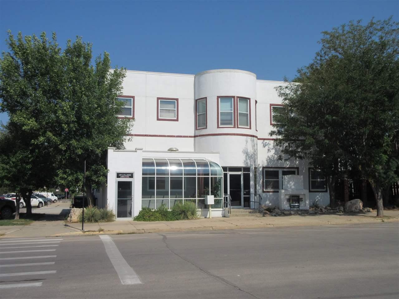 146 W Illinois Street