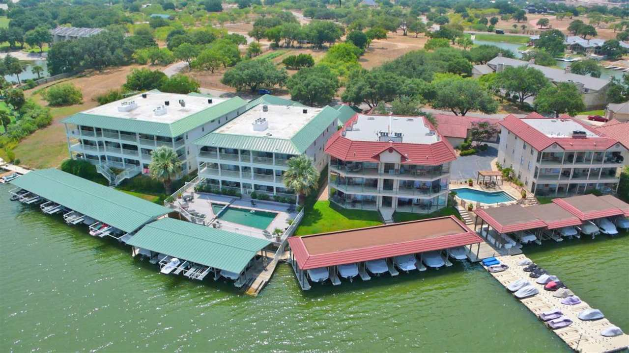2509 Diagonal #11 Horseshoe Bay Real Estate Home Listings - RE/MAX Horseshoe Bay Resort Sales, Co. Lake LBJ Real Estate