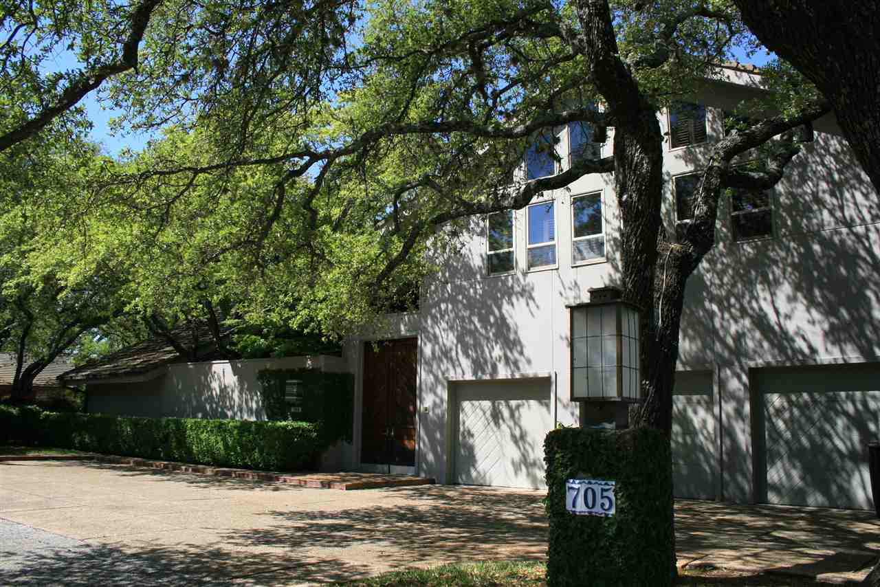 705 Hi Stirrup Horseshoe Bay Real Estate Home Listings - RE/MAX Horseshoe Bay Resort Sales, Co. Lake LBJ Real Estate